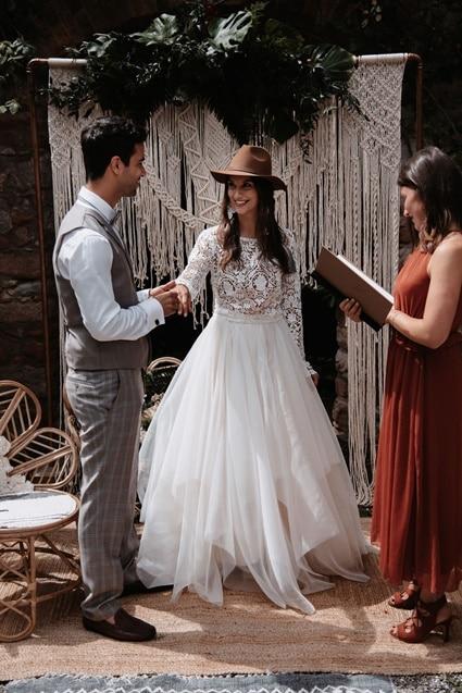 Greenery Boho Wedding - intime kleine Sommerhochzeit unter freiem Himmel - Ja Wort