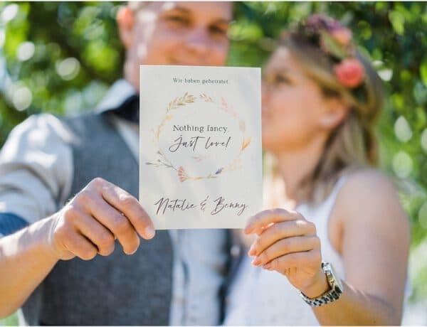 Überraschungshochzeit Surprise Wedding Picknick im Grünen Hochzeitspapeterie