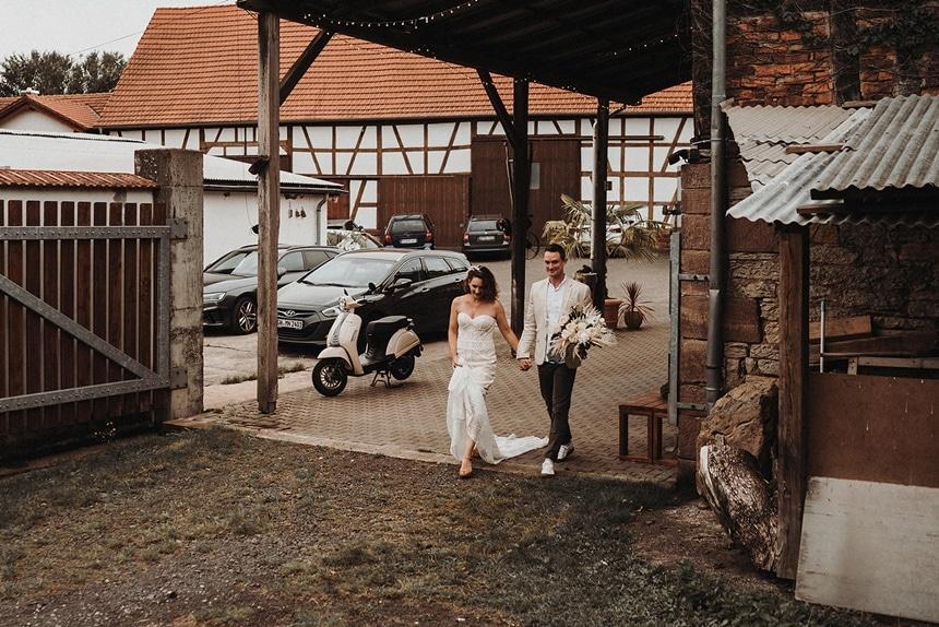 Sparkling Bali Night - Einzug Brautpaar Hof Reith