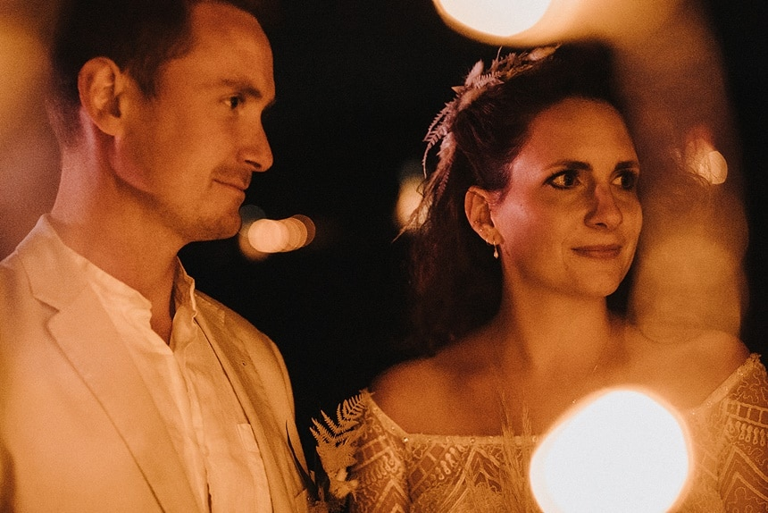 Sparkling Bali Night - Brautpaar bei Nacht