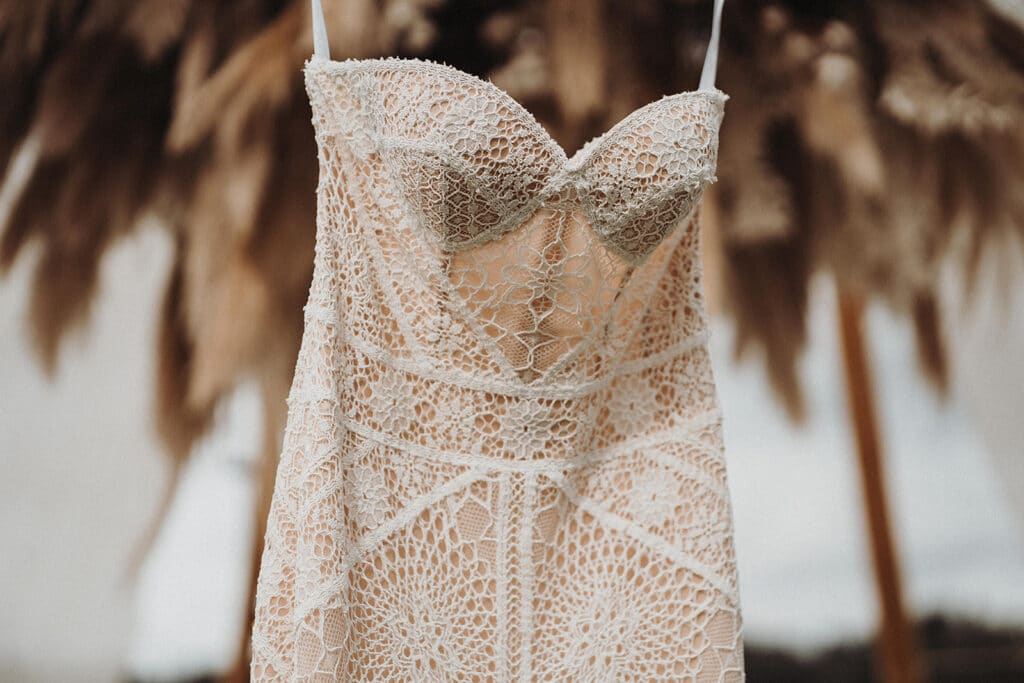 Sparkling Bali Night - Brautkleid Gettting Ready