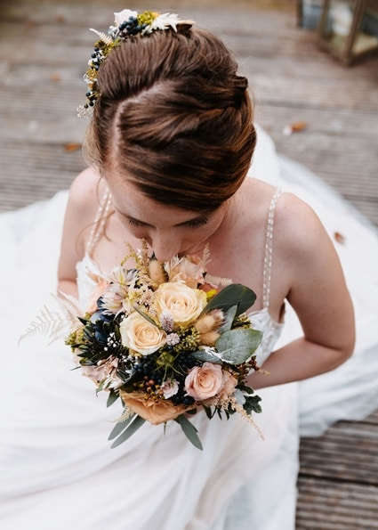 Autumn Colors Braut mit Brautstrauß