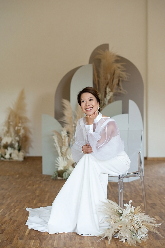 minimal love white wedding inspiration 0006