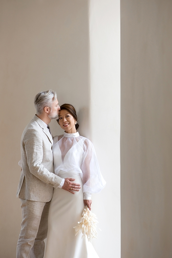 minimal love white wedding inspiration 0027