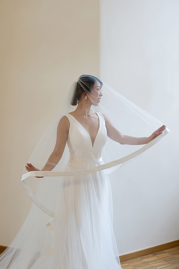 minimal love white wedding inspiration 0036