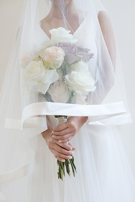 minimal love white wedding inspiration 0037