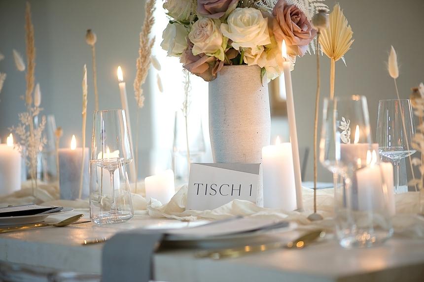 minimal love white wedding inspiration 0045
