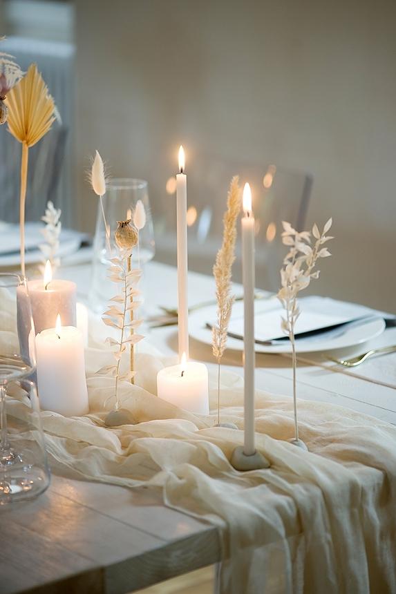 minimal love white wedding inspiration 0046