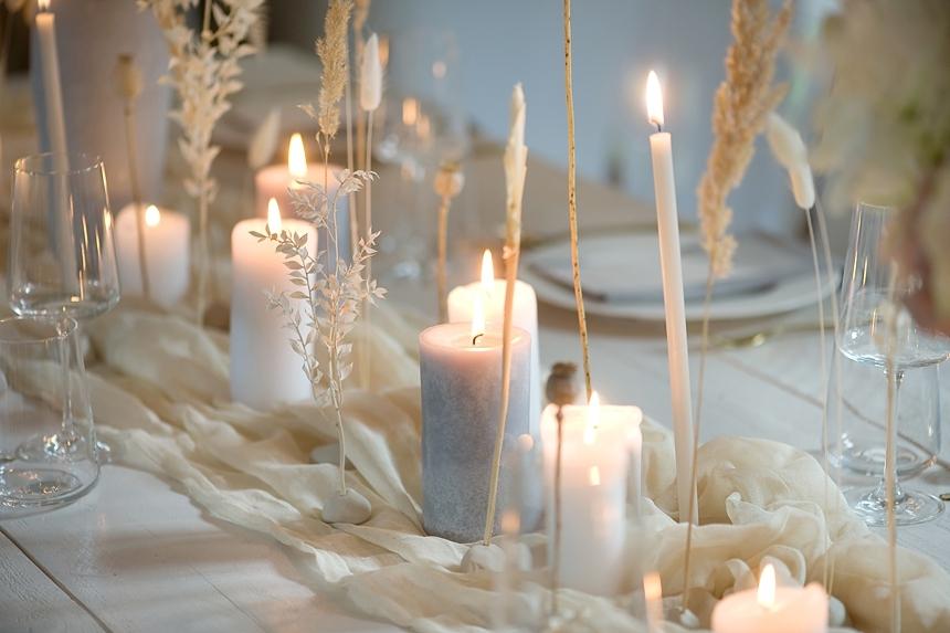 minimal love white wedding inspiration 0047
