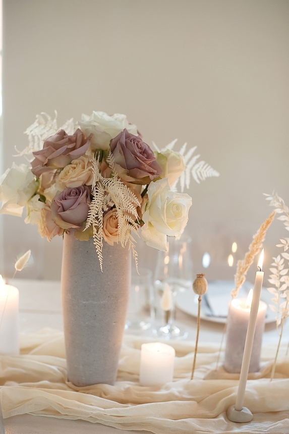 minimal love white wedding inspiration 0051