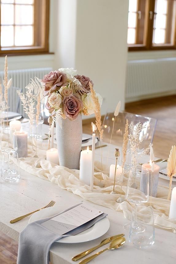 minimal love white wedding inspiration 0059