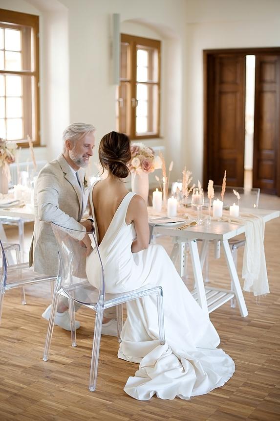 minimal love white wedding inspiration 0071