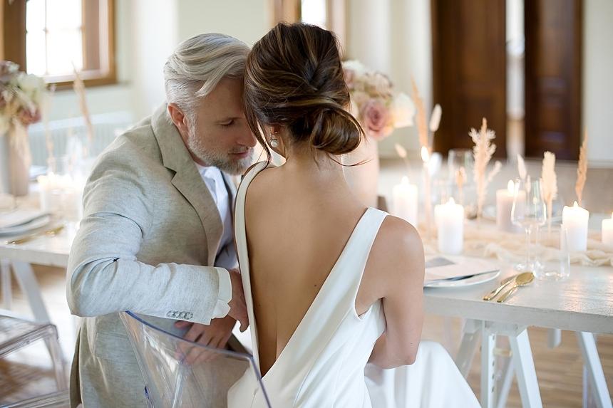 minimal love white wedding inspiration 0072