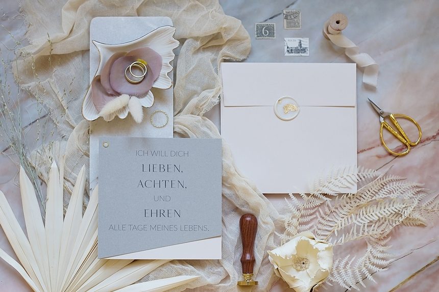 minimal love white wedding inspiration 0096