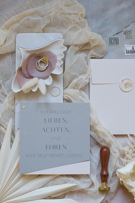 minimal love white wedding inspiration 0097