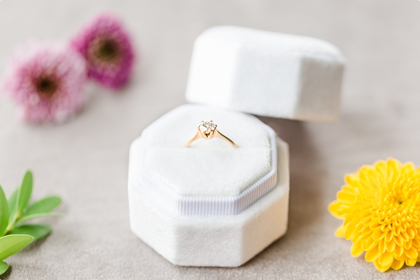 nachhaltige DIY Gartenhochzeit Verlobungsring