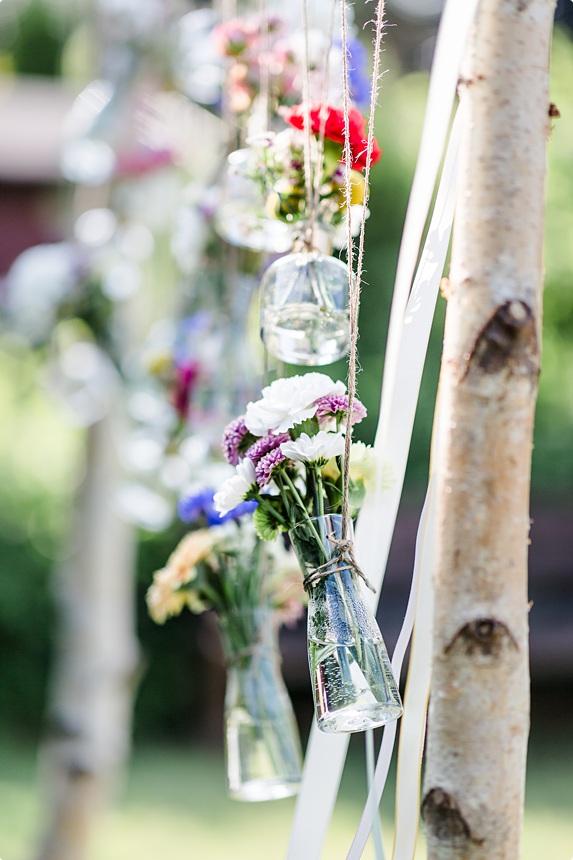 nachhaltige DIY Gartenhochzeit Hochzeitsfloristik