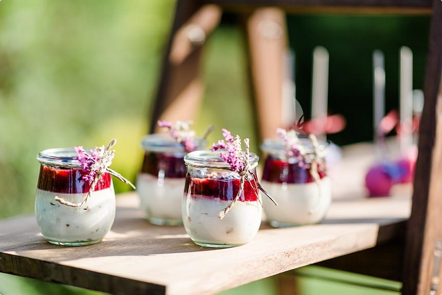 nachhaltige DIY Gartenhochzeit Dessert HOchzeit